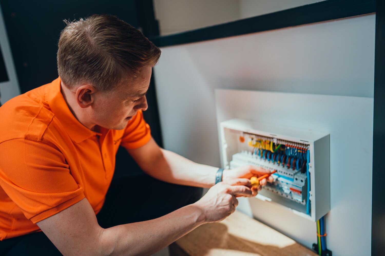 Jamie Currie electrician